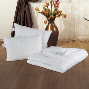 Одеяла стёганые и подушки Премиум